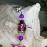 Schlüsselanhänger Einhorn Heartly Heart mit Schmuckperle glitzerpink und silbernen Ornamenten, durchsichtigen facettierten Acryperlen und violetten Acrylperlen