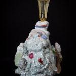 Madam Pomp´Odeur, casted foamed up glas, directlu modeled pdv, casted inlays, found hat, alum cristals H13xW6cm