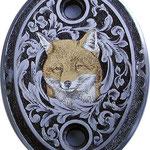 Tête de renard, incrustation or et argent avec arabèsques sur calotte acier