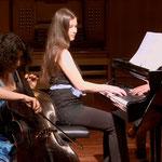 TheresaTheresita; im Duo mit ihrer Schwester Magdalena Adlberger (Cello)