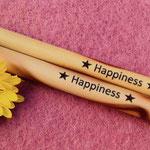 Bambus Strohhalme mit Happiness Quote für Green Smoothies, Protein Shakes und frischgepressten Säften.