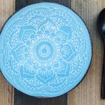 Coconut Bowl mit türkisem Mandala Design aus 100% natürlicher Coconut für Nicecreams, Porridge, Bowls, Salate und Desserts.