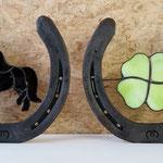 Hoefijzer met miniatuur paardje