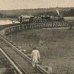 La Uganda Railway nei pressi di Mombasa, verso il 1899.