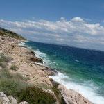 Les côtes des îles Kornati révèlent un paysage aride et sauvage