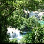 Le parc de Krka compte sept chutes le long de son parcours, certaines atteignant plus de 59 mètres de haut.
