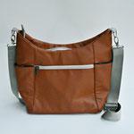 DANY hintere Aussentasche, 2 Seitentaschen