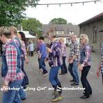 Dorffest in Zehlendorf 2013 Zehlendorfer beim Linedance-Schnuppern