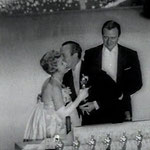 04.06.59 - Academy Awards presenting the Oscar for Best Actor to David Niven