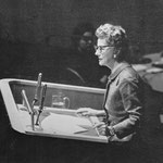 10.04.1957 - delivering a speech at the United Nations