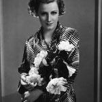 1935 - publicity