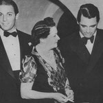 at a party given by Countess di Frasso (middle) with Jon Hall, Cary Grant and Fay Wray