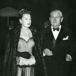 03.01.1948 - arriving with husband Frank Griffin at a testimonial dinner for Louella Parsons