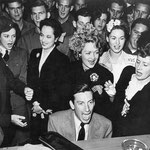 ca.1942 with Merle Oberon, Constance Bennett and Hoagy Carmichael entertaining soldiers