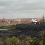 riesige Industrieanlagen