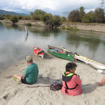 Verschnaufpause in der schönen Flusslandschaft