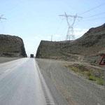 in der Wüste braucht es keine Tunnels, da wird freigeschaufelt