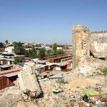 Die Zerstörungen auf dem Bazar stammen noch aus dem Jahre 2010