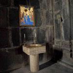 ein Taufstein in einer Klosterkirche bedeutet, dass diese nun der Gemeinde dient