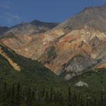 farbige Bergformationen