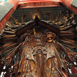 die grösste hölzerne Buddha Statue Chinas