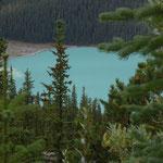 und blaue Seen zu sehen