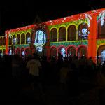 Light Show an der Fassade des Bürermeisterhauses
