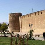Zitadelle mit dem schiefen Turm von Shiraz
