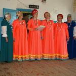 Chor von einheimischen Frauen