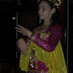 dazu ein orientalischer Tanz