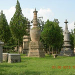 Grabstätten von Mönchen mit besonderen Verdiensten