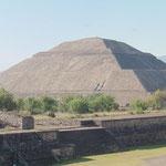 der Sonnentempel von Teotihuacan