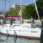 "Segelyacht ""OCEANIS 393"""