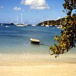 Mitsegeln Karibik - Die Bucht vor Porth Elizabeth auf Bequia (St. Vincent and the Grenadines)