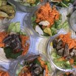 Salade banh mi en petites portions