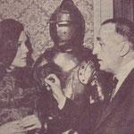 Joachim Tettenborn mit Diana Rigg (Emma Peel) aus 'Mit Schirm, Charme und Melone' (Archiv Tettenborn)