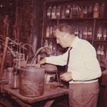 Joachim Tettenborn im Munster House laboratory