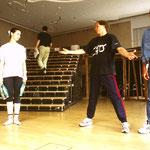 Proben mit den Tänzern und Artisten