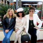JOAN & JACKIE MEET UP WITH FRIEND GLYNIS BARBER FOR LUNCH AT CENTURY CITY IN LOS ANGELES. JANUARY 2014