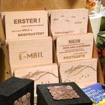 Holzpostkarten und Schachteln