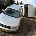 BAB 93 Wohnwagengespann umgeschmissen