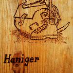 Holzeinband der Speisenkarte der Haniger Schwaige
