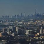 Blick auf Dubai mit dem Buri Khalifa