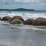 Moreaki Boulders am Strand von Hampden