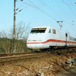 Der ICE Einsatz nach Berlin begann auf der KBS 207. Ein ICE 1 1994 Belzig km 64,2