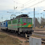 142 118 hat 151 039 am Haken – Bad Belzig am 21.03.2014
