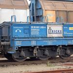 Am 09.09.2010 stand ein Eichwagen der Firma Fricke im Bahnhof zur Überführung an einen Güterzug