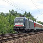 ES 64 U2-017 mit DB-Autozug am 06.07.2010