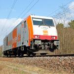 Am späten Nachmittag fuhr hvle 285 102 Richtungen Wiesenburgen – km 67,0 am 01.04.2011