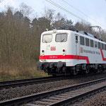 110 511 Werklok von AW Dessau  Belzig km 66,0 am 26.03.2009